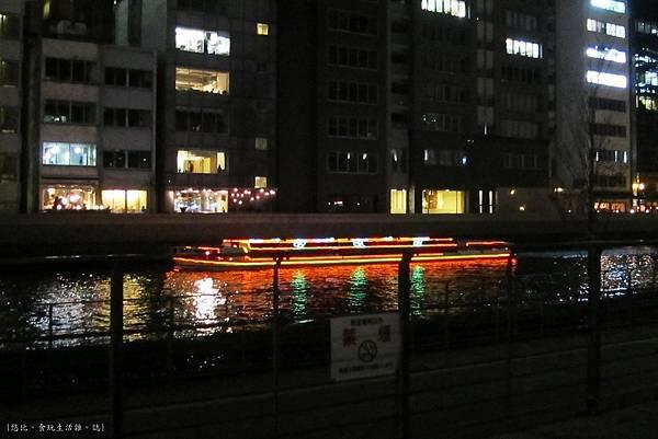 大阪-中央公會堂-川邊-2.JPG