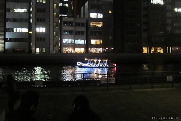 大阪-中央公會堂-川邊-1.JPG