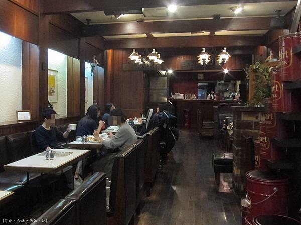 Smart coffee-店內-3.JPG