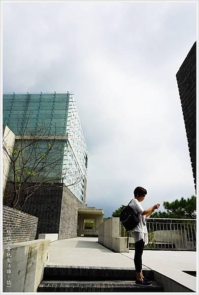 毓繡美術館-展覽館-6.JPG