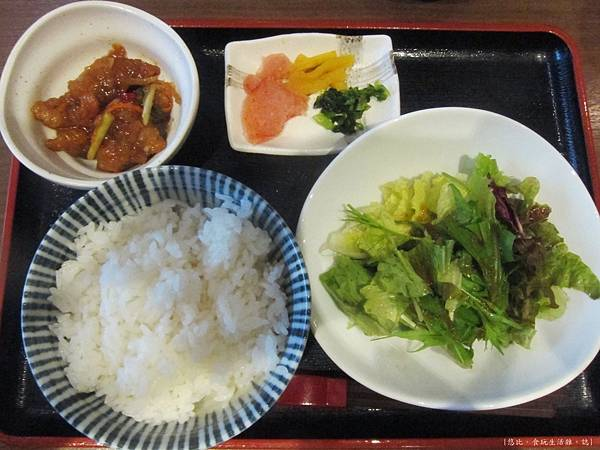笑樂-牛腸鍋-商業午餐-1.JPG