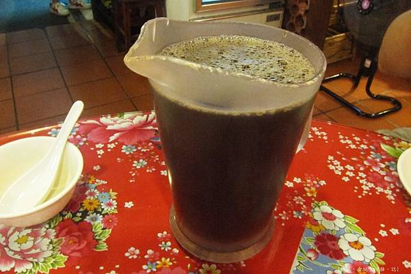 三嘴滷-紅茶-2.JPG