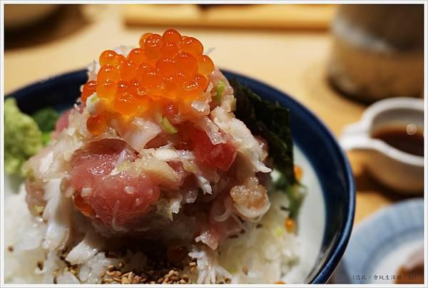 Tsuji半-奢侈丼-竹-1.JPG