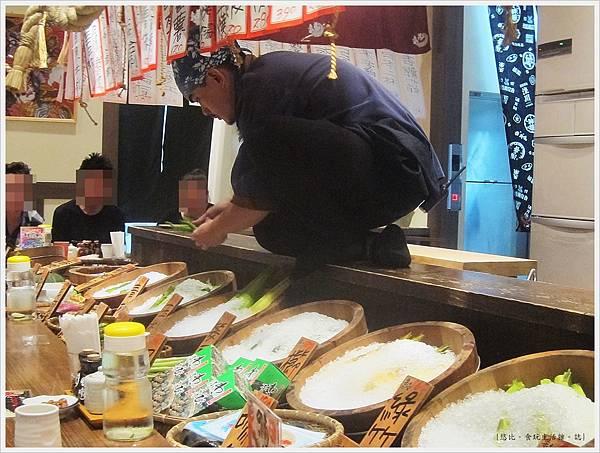 樂座爐端燒 崇德-板前-廚師-1.JPG