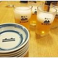 福岡-祇園鐵鍋煎餃-啤酒.JPG