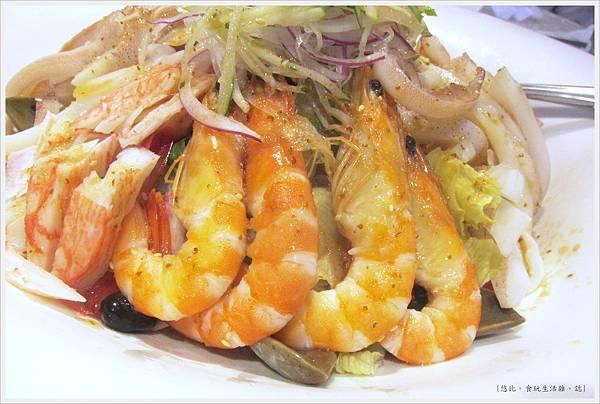 膳馨-澎湃海鮮蔬食沙拉-3.JPG