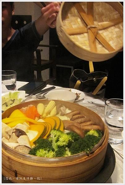 膳馨-豐年十榖蒸蔬食-1.JPG