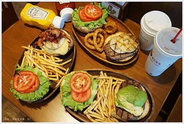 KUA-AINA-漢堡們-1.JPG