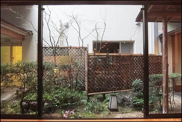 京都-一保堂-庭院.JPG