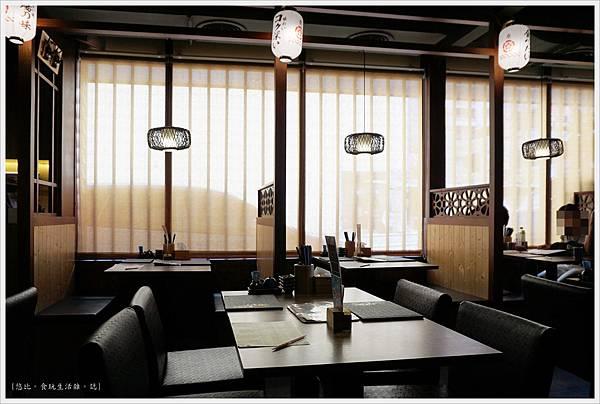 羽笠日本料理-座位-1.JPG