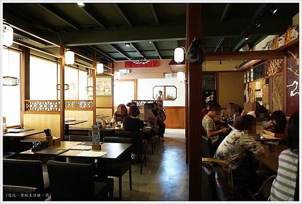 羽笠日本料理-座位-2.JPG