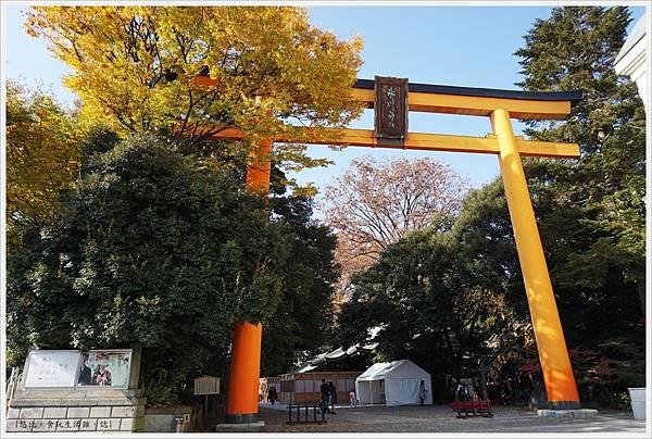 冰川神社-大鳥居-2.JPG