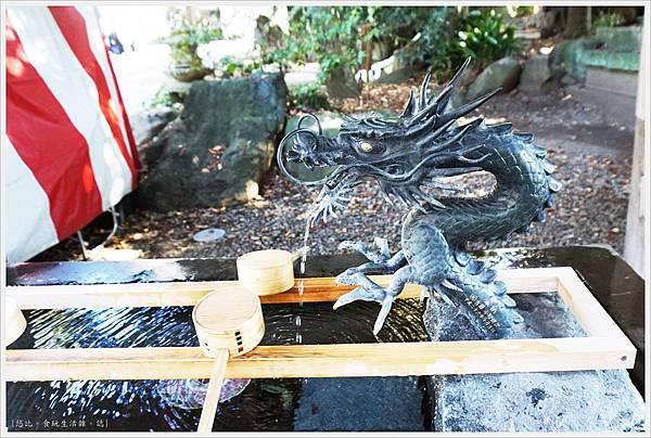 冰川神社-御手洗-1.JPG