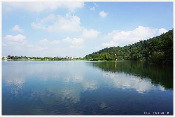 梅花湖-1.JPG
