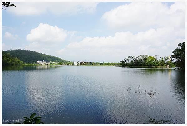 梅花湖-3.JPG
