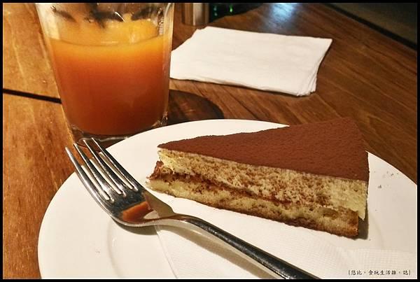 尼尼義大利餐廳-提拉米蘇.jpg