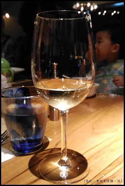 尼尼義大利餐廳-壽星酒.jpg