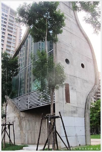 台中國家歌劇院-外觀-4.JPG