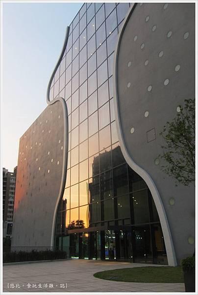 台中國家歌劇院-外觀-6.JPG