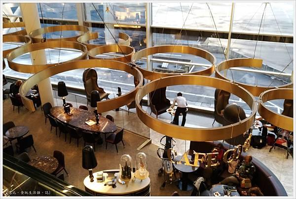 阿姆斯特丹機場-8.jpg