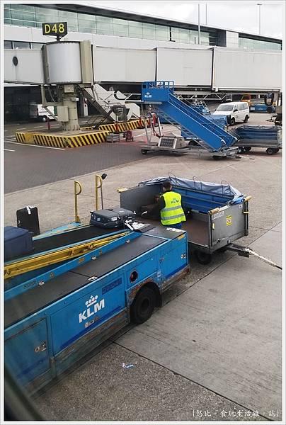 阿姆斯特丹機場-21.jpg