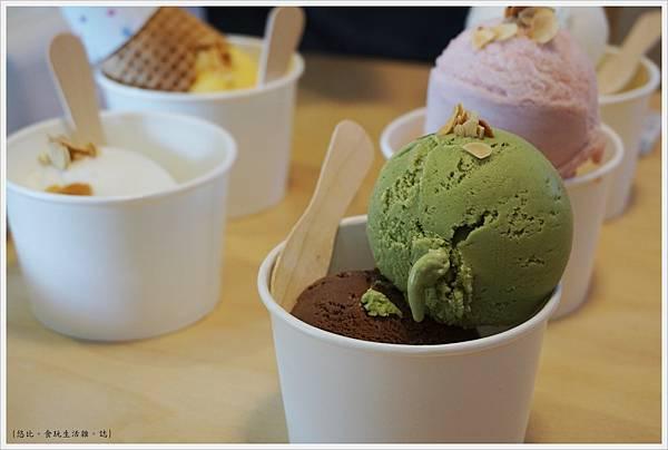 我是塔拉朵-冰淇淋-4.JPG