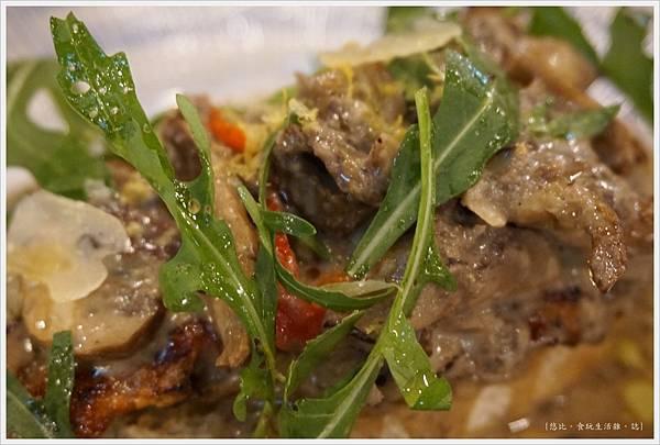 Jamie's -義式秘製烤雞肉-2.JPG