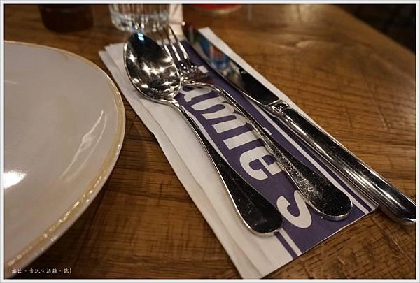 Jamie's -餐具-1.JPG