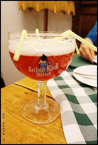Alt-Berliner Wirtshaus-柏林小子水果啤酒-1.JPG
