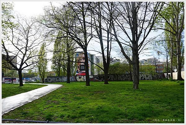 柏林-東邊畫廊-1.JPG