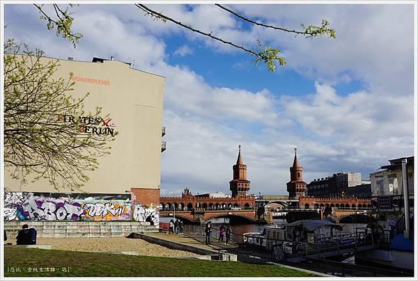 柏林-東邊畫廊-施普雷河畔-2.JPG