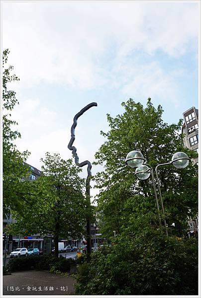 柏林-街道-1.JPG