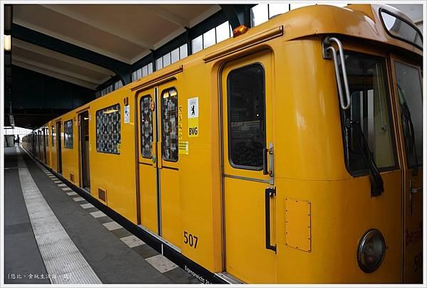 柏林-電車-1.JPG