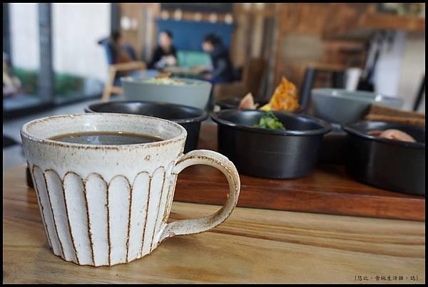 憲賣咖啡熱河店-咖啡-1.JPG