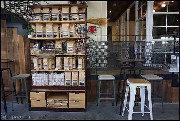 憲賣咖啡熱河店-店內-5.JPG