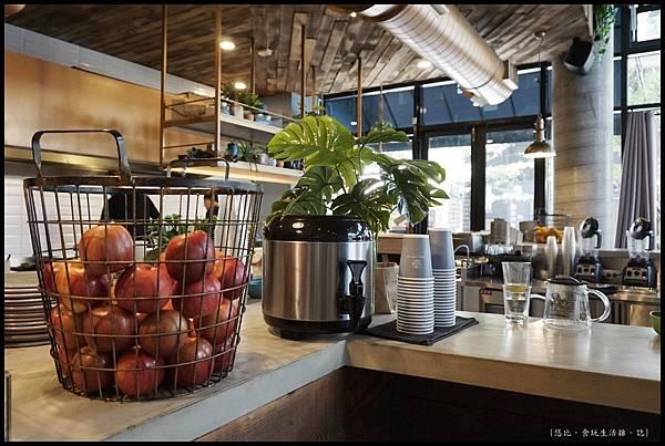 憲賣咖啡熱河店-店內-11.JPG
