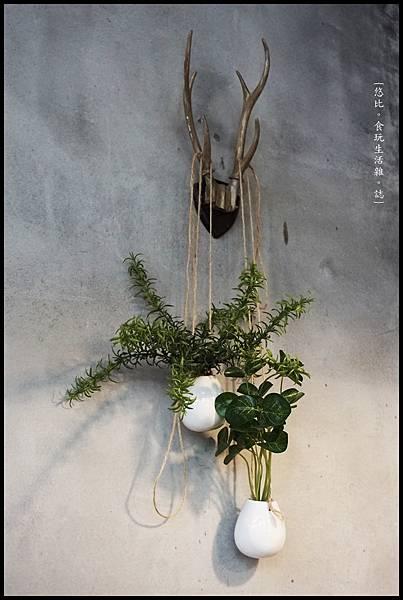 憲賣咖啡熱河店-店內-13.JPG