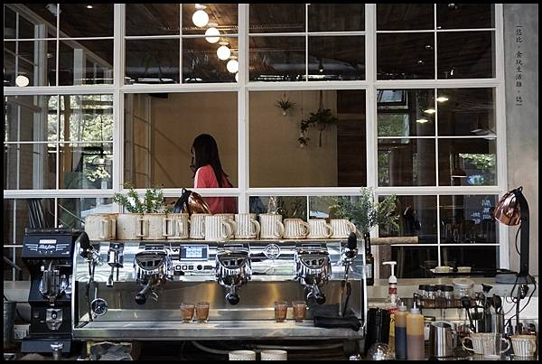 憲賣咖啡熱河店-店內-15.JPG