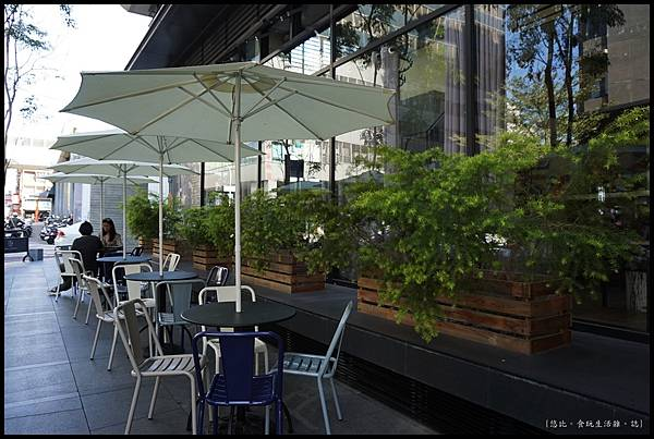 憲賣咖啡熱河店-店外觀-2.JPG