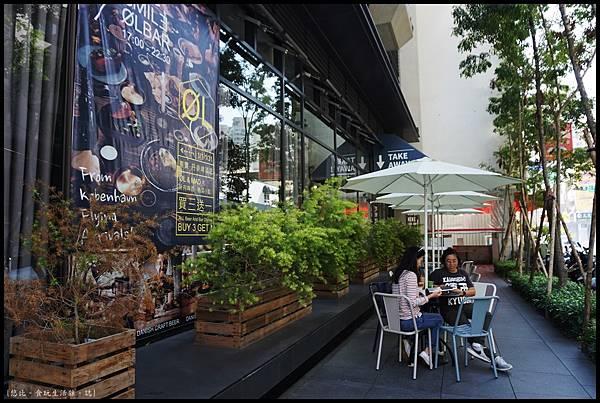憲賣咖啡熱河店-店外觀-3.JPG