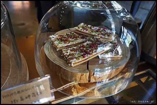 憲賣咖啡熱河店-甜點-樹莓糖霜餅.JPG