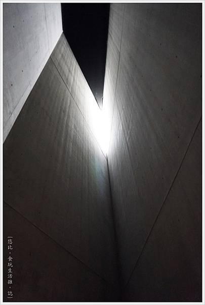 猶太紀念博物館-浩劫塔-1.JPG