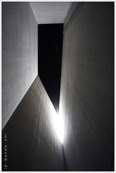 猶太紀念博物館-浩劫塔-2.JPG