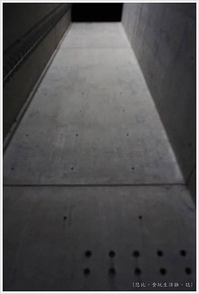 猶太紀念博物館-浩劫塔-3.JPG