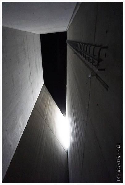 猶太紀念博物館-浩劫塔-4.JPG