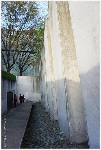 猶太紀念博物館-逃亡者花園-5.JPG