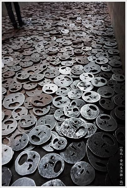 猶太紀念博物館-館內-31-落葉.JPG