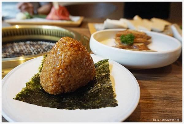 茶六燒肉-45-烤飯糰.JPG