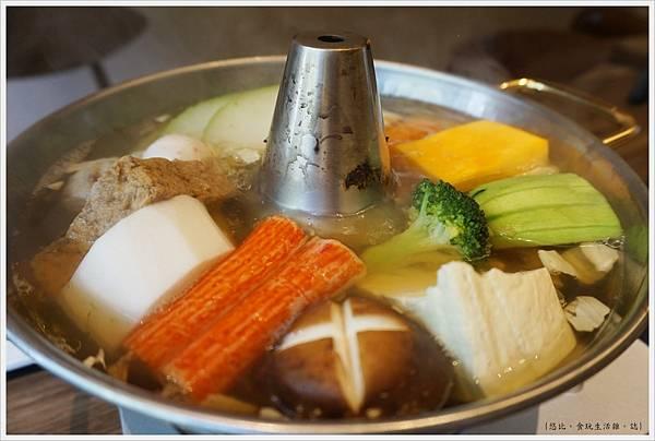 茶六燒肉-67-火鍋.JPG