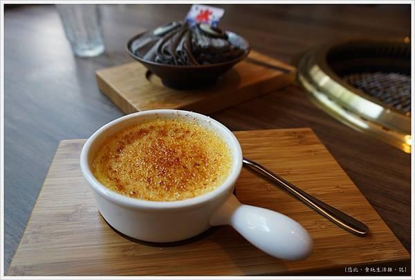 茶六燒肉-74-甜點-焦糖法式燉蛋.JPG